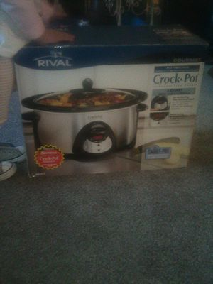 Rival 5qt crock pot smart pot programmable slow cooker BRAND NEW for Sale in Rancho Cucamonga, CA