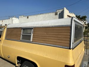 GMC Camper shell for Sale in Los Angeles, CA