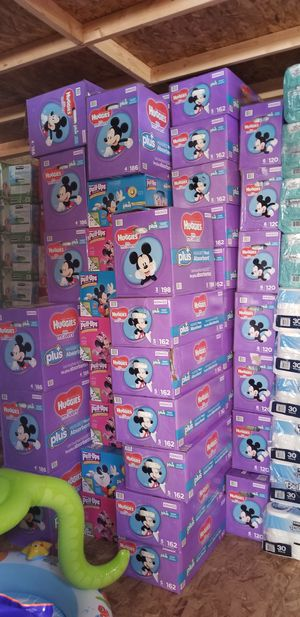 Diapers / wipes for Sale in Los Angeles, CA