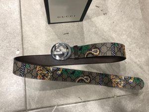 Gucci Floral GG Supreme Belt *Authentic* for Sale in Queens, NY