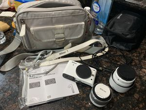 Nikon camera for Sale in Riverside, CA