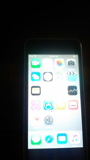 iPod touch 5 for Sale in Nashville, TN