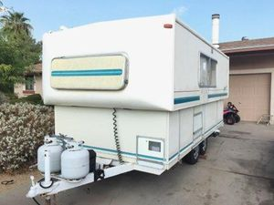 17.Ft HI-low travel trailer fully self-contained for Sale in Phoenix, AZ