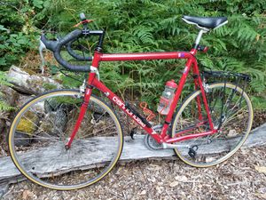 Cannondale R400 63cm Road Bike for Sale in Gig Harbor, WA