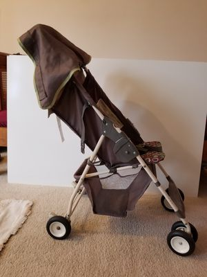 Graco Collapsible Stroller for Sale in Toms River, NJ