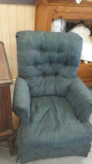 Free blue rocker swivel chair for Sale in Pembroke Pines, FL