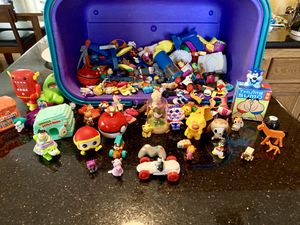 Miscellaneous toy figures for Sale in Los Angeles, CA