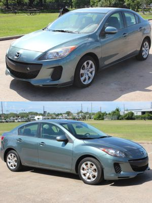 2013 MAZDA MAZDA 3 CLEAN TITLE LOW DOWN for Sale in Bellaire, TX