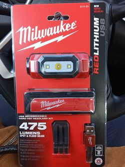Milwaukee Usb Rechargable 475 Spot &flood Beam for Sale in Troutdale,  OR