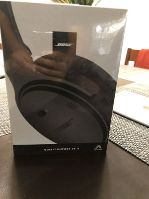 Bose QC 35ll Noice Cancellation Headphones for Sale in Bellevue, WA