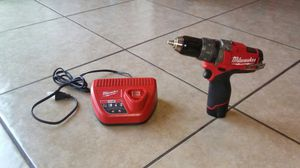 New Wilwaukee 12v fuel brushless hammer drill for Sale in Laveen Village, AZ