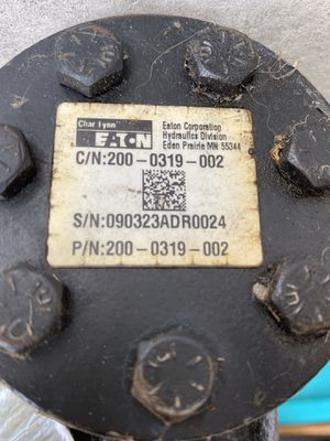 Charl Lynn steering pump and double end ram for Sale in Trabuco Canyon, CA