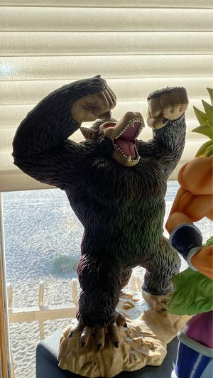 "14"" japan Ichiban kuji ohzaru great ape giant monkey goku figure toy collectible dragon ball for Sale in Playa del Rey, CA"