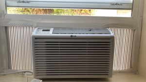 LG 6000 BTU 115V Window Air Conditioner with Remote Control for Sale in Salt Lake City, UT