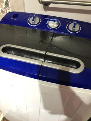 Washing Machine ( small) for Sale in Arlington, VA
