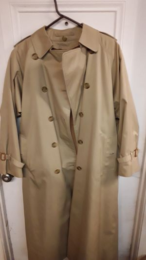 Burberry's Long Coat for Sale in Las Vegas, NV