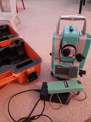Total station for part or repair for Sale in San Diego, CA