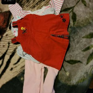 BABY GIRL CLOTHES SIZE 9-12 MONTHS (9 PIECES for Sale in Miami, FL