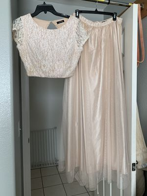 Windsor two piece prom dress set, champagne color size 12 for Sale in Wilmington, CA