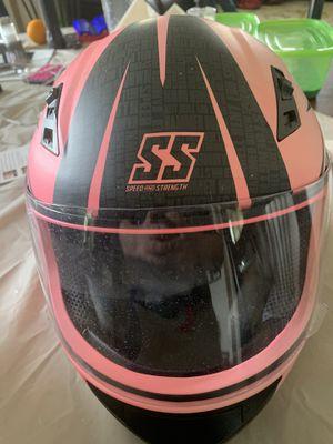 Almost brand new women's L helmet for Sale in Fairview, UT