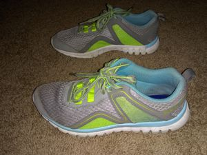 Women's tennis shoes for Sale in Columbus, OH