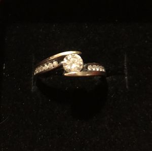 Ladies diamond engagement ring for Sale in Payson, AZ