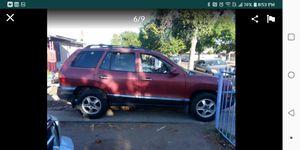 Hyundai Sante Fe 2003 - 4wd V6 ..runs great no engine light tagged pink slip etc!! for Sale in Fresno, CA