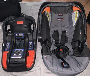Britax BSafe-35 + Travel Bag for Sale in Miami, FL