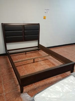 BEDFRAME IN BONDED LEATHER [QUEEN $399 / KING $449] (NO MATTRESS INCLUDED) for Sale in Irving, TX