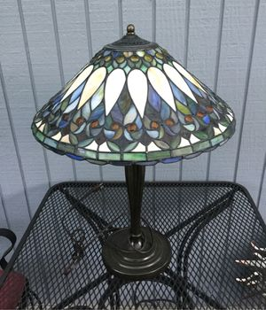 Older Tiffany Style Lamp for Sale in Federal Way, WA