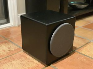 """Orb Audio Super Eight 300 watt 8"""" subwoofer in perfect working condition for Sale in FL, US"""