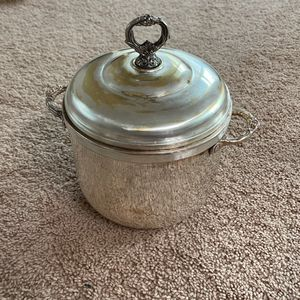 Vintage Sheridan Silver Plated EP Brass Ice Bucket Milk Glass Lined for Sale in Manassas, VA