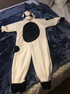 Cow costume. Toddler Medium Size 3-5 for Sale in Tacoma, WA