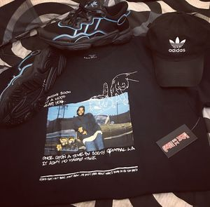 Adidas OZWEEGO outfit for Sale in Dixon, CA