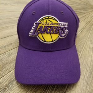 Los Angeles Lakers Hat for Sale in Colton, CA