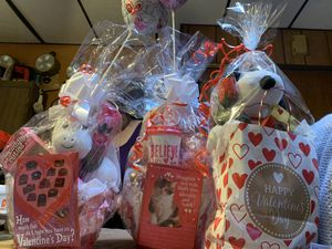 Valentine's Day baskets and bags for Sale in Brooklyn, NY