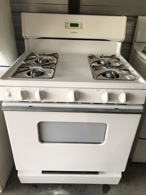 HotPoint electric stove for Sale in Fountain Valley, CA