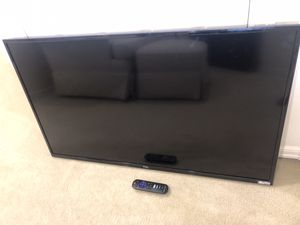 Roku/TCL 40 inch Smart TV‼️Make me an offer‼️ for Sale in Bellevue, WA