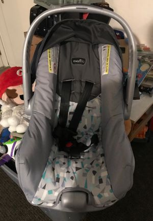 Infant car seat evenflo for Sale in Milpitas, CA