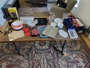 Assorted Kitchen Items for Sale in Richmond, VA