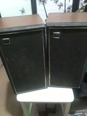 Classic Magnavox Entertainment Speakers $25.00 cash only (serious buyers) for Sale in Dallas, TX