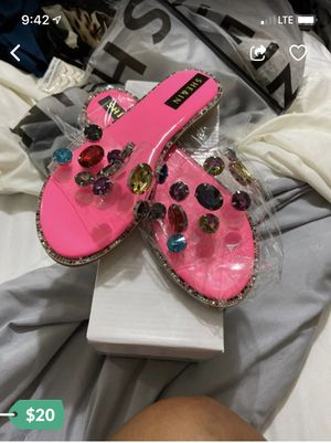 Brand new sandals size 6.5 for Sale in Miami, FL