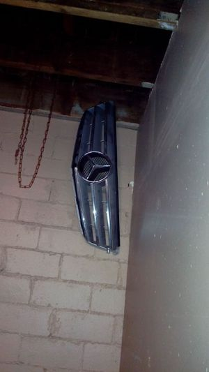 Mercedes grille c300 c250 2008 2013 for Sale in Dallas, TX