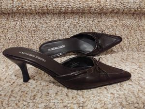NEW Women's Size 8.5 Jonathan Martin Shoes, Low Heel Mules for Sale in Woodbridge, VA