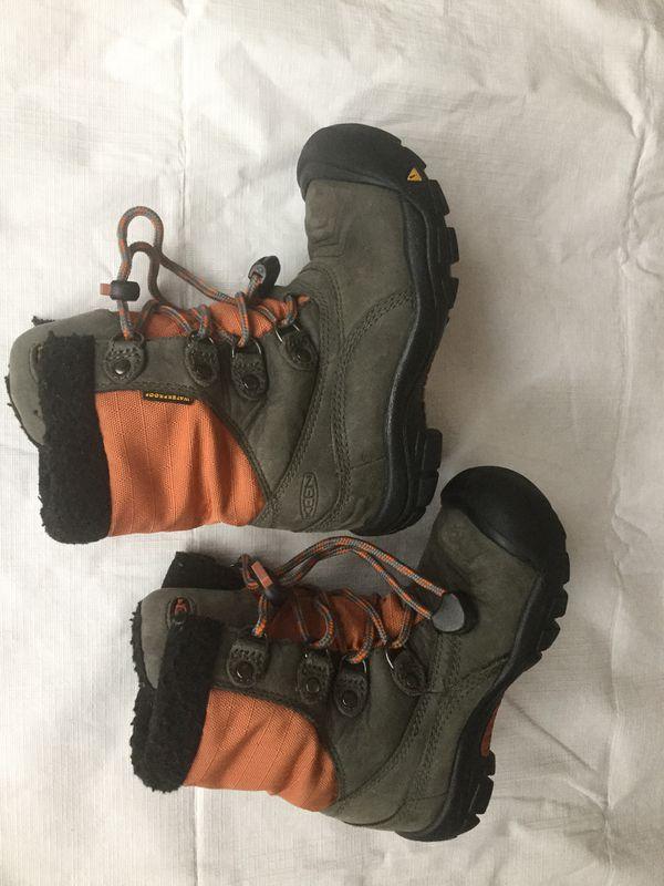 Keen snow boots winter kids boots size 11