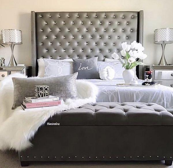 Queen bed 🛏