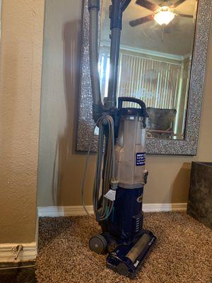 Shark navigator vacuum for Sale in Bedford, TX