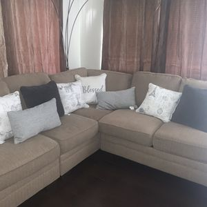 Sectional Sofa for Sale in South Gate, CA
