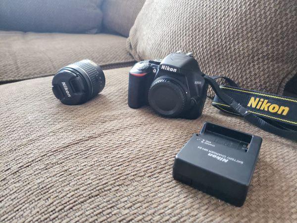 Camara nikon 3500 complete, AF-P DX NIKKOR 18-55mm f/3.5-5.6G VR Kit. And kit de limpieza