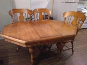 Solid wood dining table for Sale in Ridgefield, WA